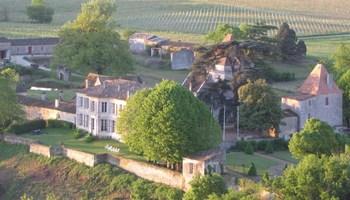 Château Montlau à  -