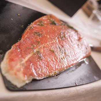 Filet de Truite marinée aux agrumes par Deval Traiteur à Bordeaux